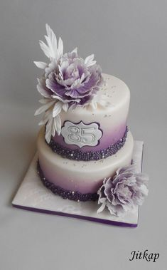 Fialový S Pivoňkami on Cake Central Homemade Birthday Cakes, Adult Birthday Cakes, Purple Birthday Cakes, Bolo Floral, Floral Cake, Pretty Cakes, Beautiful Cakes, Barbie Torte, Cupcake Cakes