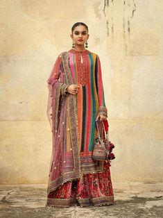 2019 Sabyasachi Charbagh Bridal Lehenga collection has a bunch of traditional red wedding lehengas, some gorgeous destination wedding outfits + lots more. Pakistani Dress Design, Pakistani Dresses, Indian Dresses, Indian Wedding Outfits, Indian Outfits, Red Wedding, Wedding Shoes, Wedding Gowns, Indian Attire
