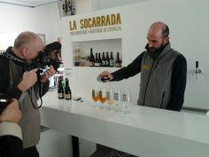 Zev Robinson filming in La Socarrada