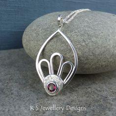 Rhodolite Garnet Sterling Silver Petals & Leaf Frame Pendant - Gemstone Necklace £68.00