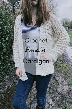 This free crochet cardigan can be made in sizes small to It is a perfect project for any beginner crochet lover Crochet Poncho Patterns, Crochet Coat, Crochet Jacket, Crochet Clothes, Sweater Patterns, Crochet Sweaters, Crochet For Beginners, Beginner Crochet, Crochet Fashion