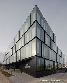 Saint-Gobain: Northeastern corner of the building - Architecture Designs - Saint-Gobain: Northeast corner of the building - Architecture Design, Office Building Architecture, Building Facade, Facade Design, Building Design, Exterior Design, Glass Building, Porte Cochere, Local Architects