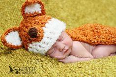 Crochet Patterns Newborn Baby Hats Newborn Crochet Hats Crochet Baby Hat by knoodleknits, via Etsy. Crochet Baby Clothes, Crochet Baby Hats, Newborn Crochet Patterns, Crochet Ideas, Newborn Hats, Newborns, Fox Hat, Baby Boy Hats, Baby Mine