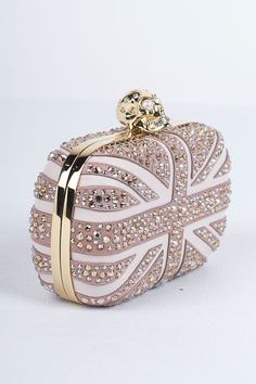 Alexander McQueen evening bag with skull clasp. I have to have it! @Tiziana Davidson Bop