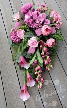 Large Flower Arrangements, Casket Sprays, Funeral, Greenery, Lanterns, Diy And Crafts, Centerpieces, Floral Wreath, Bouquet