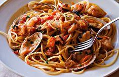 Receta saludable de pasta a la marinera baja en calorías, apta para diabéticos y baja en colesterol.