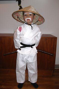 Sensei wu diy costume lego ninjago kids pinterest diy sensei wu solutioingenieria Images