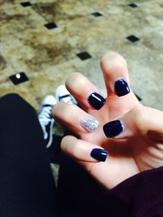 Navy blue acrylics with silver accent nail
