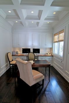 Traditional Shabby Chic Home Office Design Ideas, Pictures, Remodel and Decor Office Wall Design, Office Decor, Office Ideas, Office Nook, Library Design, Library Ideas, Interior Exterior, Interior Design, Modern Exterior
