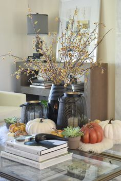 Warm and Cozy Coffee Table Styling with fall-themed accents Thanksgiving Tree, Thanksgiving Table Settings, Coffee Table Styling, Coffee Cozy, Christmas Tree Themes, Fall Table, Autumn Theme, Seasonal Decor, Warm And Cozy