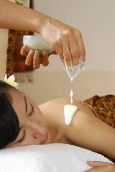 enjoy relaxation at Spa Bali (Rejuvenating package in ritual of Queen) ・Aroma therapy flower foot bath ・Body steam ・Traditional Balinese massage (Choices of body massage oil) ・Fresh body scrub (Cho...