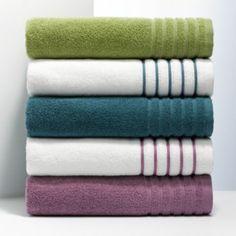 Simply Vera Vera Wang Peacock Collection Bath Towels