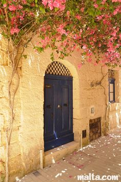 Soft light on limestone walls. A house in Mdina also known as The Silent City.