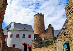 Castle Scharfenstein, Germany - http://www.1pic4u.com/blog/2014/06/04/castle-scharfenstein-germany/