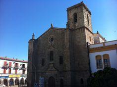 Por fin es viernes y publicamos la iglesia convento de la Encarnación en Trujillo.  #historia #turismo  http://www.rutasconhistoria.es/loc/iglesia-convento-de-la-encarnacion-trujillo