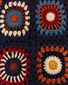 Hình ảnh 7 LIMITED EDITION crochet COAT WITH HOOD từ Zara