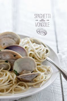 Spaghetti alle vongole - recipe in french - via Christelle is flabbergasting.com