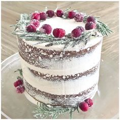 """@createwithashley on Instagram: """"Christmas cake! Let's dig in.. 🍰 ✨ Wishing everyone a Merry Christmas! May you eat all the calories with your loved ones…"""" Instagram Christmas, Tiramisu, Merry Christmas, Create, Ethnic Recipes, Food, Merry Little Christmas, Happy Merry Christmas, Eten"""