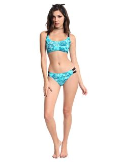 I don't like the seams on the top breaking up the images. Anti Possession Symbol, Teal Tie, Swim Sets, Indian Summer, Athletic Fashion, Girls Tees, Swim Bottoms, Kawaii Fashion, Swim Top