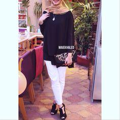 #hijabfashion #hijab #hijaboutfit #hijablookbook #hijabmodesty #hijabmuslim #hijablook #hijabi #chichijab #cairostyle #modestmode #modesty #summerfashion #hijablove #elegant #elegance #instafashion #fashionista #fashion #ootd #lookoftheday #lookbook #fashionstatement #hijabifashion #accessories #streetstyle #hijabstreetstyle #hijabystreetstyle #black #gold #white