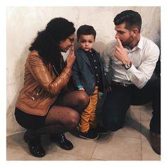 Les bêtises de Tata et Tonton...pour me souhaiter un joyeux noël...ils sont fous?!       #break #famille #happy #weekend #merrychristmas #joyeuxnoel #enjoy #narjesleloup #family #love Tonton, Couple Photos, Couples, Fabric, Instagram Posts, Happy Merry Christmas, Couple Shots, Tejido, Tela