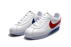 Popular Nike Cortez Shoes have countless awesome points that groups that in accelerate of nearly every individual else. The sneakers are usually very durable, snug, presents attractive in a nice way and furthermore have exceptional style. Nike Cortez Shoes, All Nike Shoes, Nike Shoes Online, Cheap Running Shoes, Nike Shoes Cheap, Nike Running, Cheap Nike Trainers, Sneakers Nike, Nike Classic Cortez