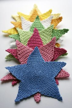 Crochet Stars pattern and tutorial