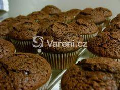 Recept na lahodné čokoládové muffiny vhodné na každou oslavu, party nebo jen tak ke kávě. Vareni.cz - recepty, tipy a články o vaření. Kefir, Cupcakes, Breakfast, Sweet, Morning Coffee, Cupcake, Cupcake Cakes, Muffin, Morning Breakfast