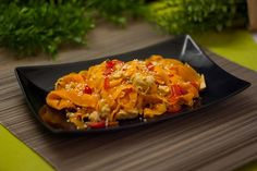Die Kohlenhydratarme, asiatische Karotten-Pfanne