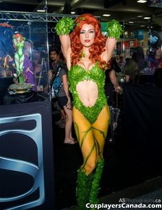 Adrianne Curry - Poison Ivy cosplay