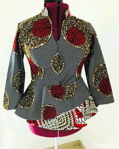 Here are Pictures of Latest Ankara Peplum Styles in 2018 - Skirt and Blouse Peplum Tops Designs. When it comes to fashion ovation looks of new Ankara style designs! we are as always extremely excited to have you covered with latest African ankara designs African Fashion Designers, Latest African Fashion Dresses, African Print Dresses, African Print Fashion, Africa Fashion, African Dress, Ankara Fashion, African Blouses, African Tops