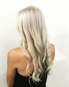 Icy platinum blonde balayage via Juut Salonspa.