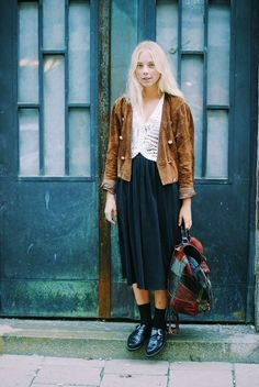 Boho Street Style Inspiration: Eclectic Vintage Layered Look #johnnywas