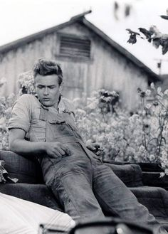 James Dean in east of Eden, he was always focused on his scenes and what he wanted to happen next. An amazing American actor! What talent! He was truly captivating!