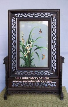Orchid, double-sided embroidery work, one embroidery two identical sides, Chinese Suzhou silk embroidery art, Su Embroidery Studio