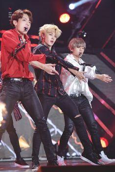 Maknae line Jeon Jungkook Park Jimin Kim Taehyung Jungkook Jimin, Kim Namjoon, Bts Bangtan Boy, Bts Taehyung, Seokjin, Jung Hoseok, Vmin, K Pop, Jikook