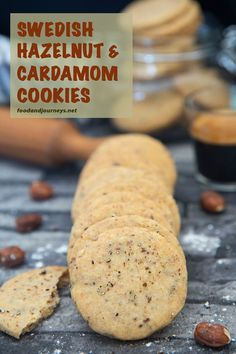 Crunch of hazelnuts, with the addictive flavor and scent of cardamom in every bite! That's what you get with these Swedish Hazelnut & Cardamom Cookies. If you cannot imagine how it would taste like, t Holiday Baking, Christmas Baking, Swedish Christmas, Christmas Cookies, Swedish Recipes, Sweet Recipes, Cardomom Recipes, Swedish Cookies, Hazelnut Cookies