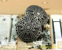 10 Pcs Stunning Retro Silver Star buttons that are perfect in their detail. measure 21 inch) in diameter.Shank Hole Size: you for your attention!If you need more quantity,or want more information, please feel free to contact Star Buttons, Shank Button, Silver Stars, Black Enamel, Silver Color, Decorative Boxes, Victorian, Retro, Antiques