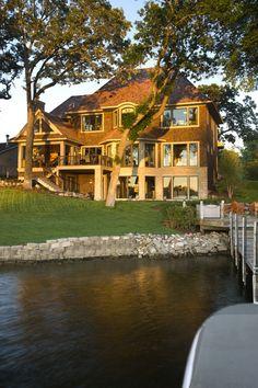 20 Amazing Lake Houses