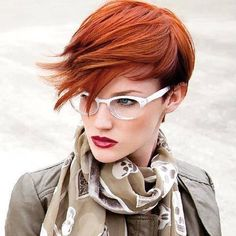 Fancy Ginger Hair Color Will Brighten Up Your Look. Ginger hair usually comes hand in hand with ligh Short Copper Hair, Funky Short Hair, Short Hair With Bangs, Short Hair Cuts For Women, Short Hair Styles, Funky Bob, Copper Blonde, Hair Bangs, Long Bangs