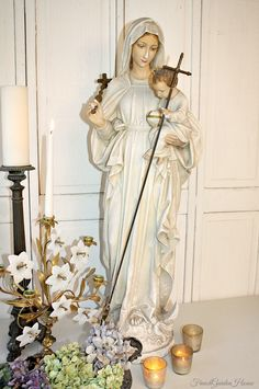 19th Century French Religious Madonna and Child Statue. #FrenchGardenHouse.com #frenchgardenhousestyle.