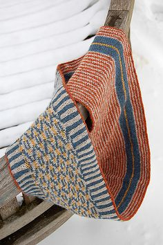 Ravelry: Project Gallery for Túngata pattern by Stephen West