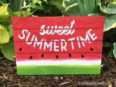 Hi friends! We are so excited about this Sweet Summertime Watermelon sign! We are in love with this cute little sign! Watermelon is such a perfect mascot for summertime isn't it? This is a pretty quick craft, and it's a really fun one! Diy Signs, Wood Signs, Pallet Signs, Quick Crafts, Diy Crafts, Watermelon Crafts, Sweet Watermelon, Watermelon Quotes, Watermelon Ideas
