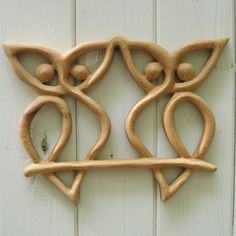 Double Owl Knot - Wood Carved Knot of Transition, Mystery and Mysticism, Wisdom and Intelligence, Messages and Secrets, Protection. ~ Want this!!