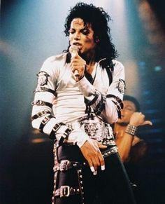 Michael Jackson sur scène pour le Bad Tour