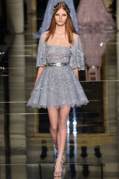 Zuhair Murad Haute couture Spring/Summer 2016 Fashion Show Style Couture, Haute Couture Fashion, Zuhair Murad, Runway Fashion, Fashion Show, Fashion Design, High Fashion, Paris Fashion, Style Fashion