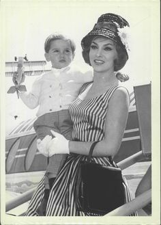 Gina Lollobrigida and son