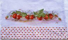 Pano de prato em tecido Estilotex com pintura de morangos feita à mão  Pintura porcelanizada  Acabamento: Barrado em tecido R$ 17,50