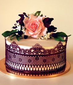 Cake with sugar clematis by Mila