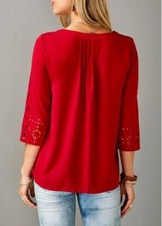Buy trendy tops for women online with competitive price, ladies tops, cute women tops, cheap tops online store. Only Fashion, Womens Fashion, Trendy Tops For Women, Online Lingerie, Long Sleeve Turtleneck, Short Tops, Red Blouses, Quarter Sleeve, Beautiful Outfits